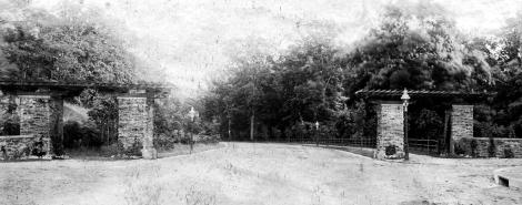 Stotesbury Pergola 1901 comp